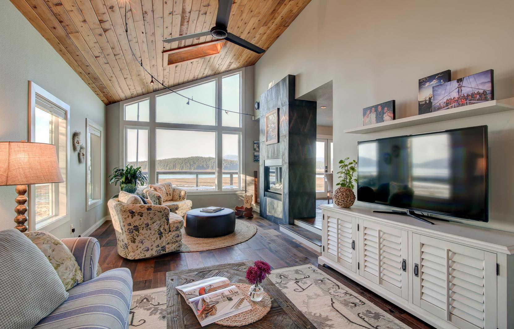 douglas beach home bauer clifton interiors juneau alaska